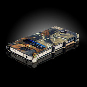 Bargain Bin - CRKT iNoxCase for iPhone 4 - Realtree Camo
